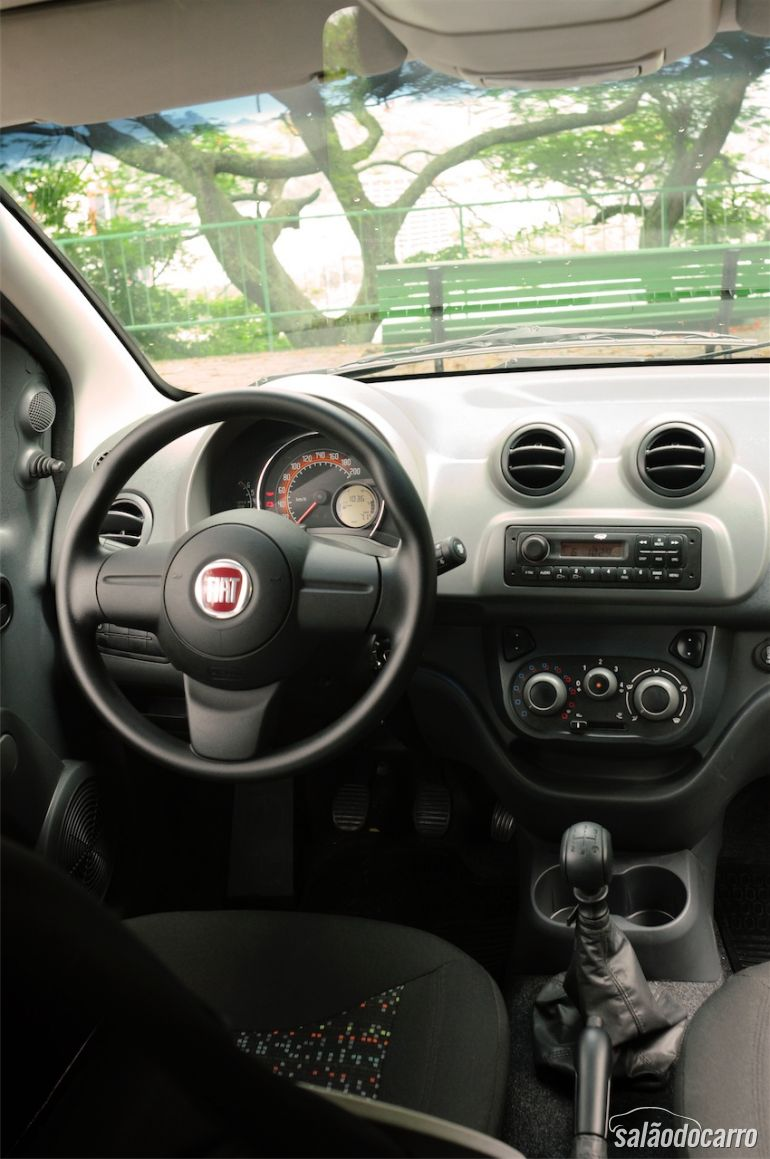 Interior do Fiat Fiorino 1.4