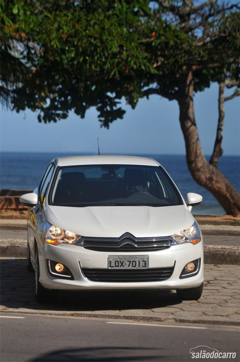 Frente do Citroën C4 Lounge
