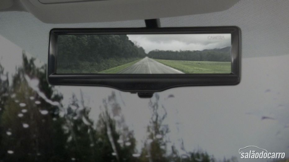 Rearview Nissan Geneva