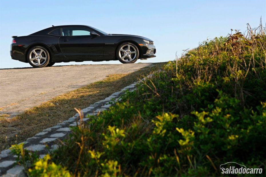 Chevrolet Camaro - Foto 2