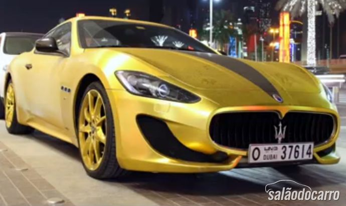Maserati Granturismo de ouro