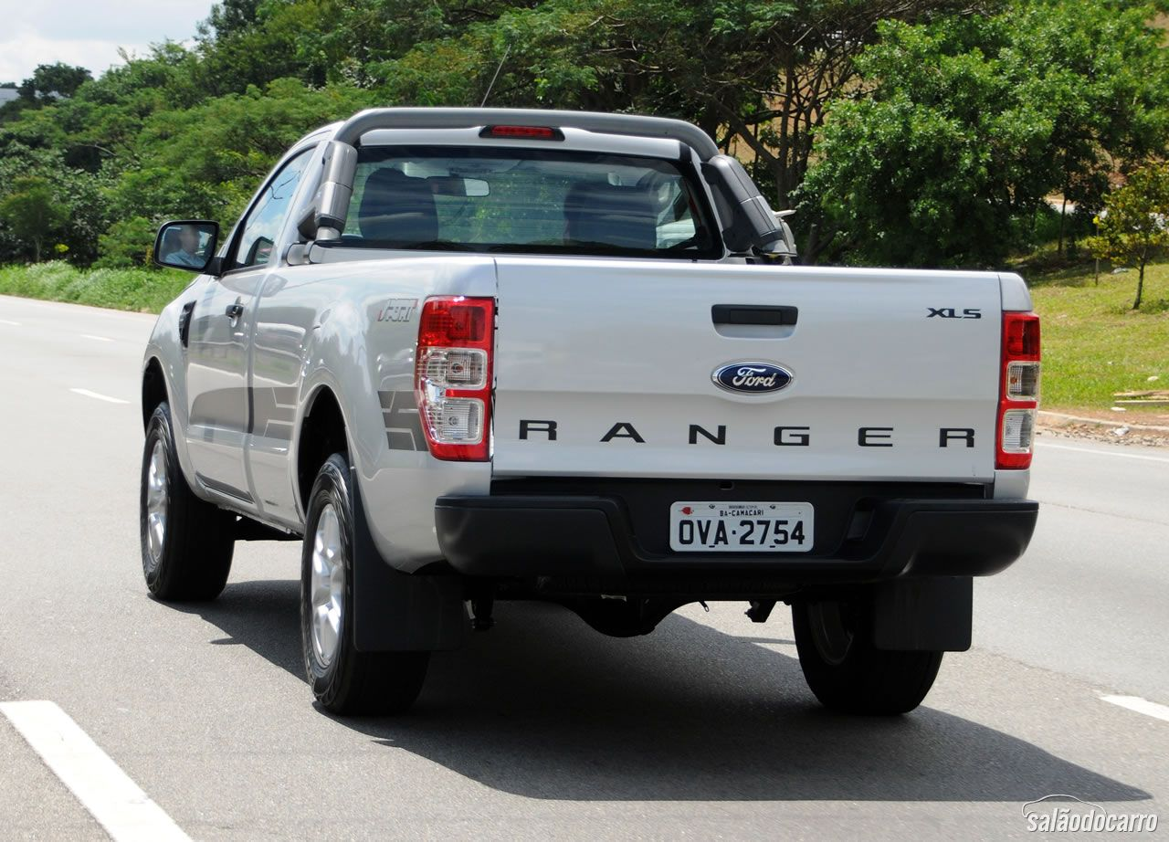 ford ranger sport testes sal o do carro. Black Bedroom Furniture Sets. Home Design Ideas