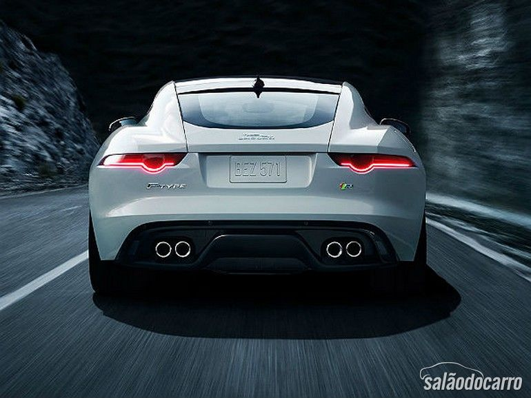 2014 Jaguar F-Type Club Sport