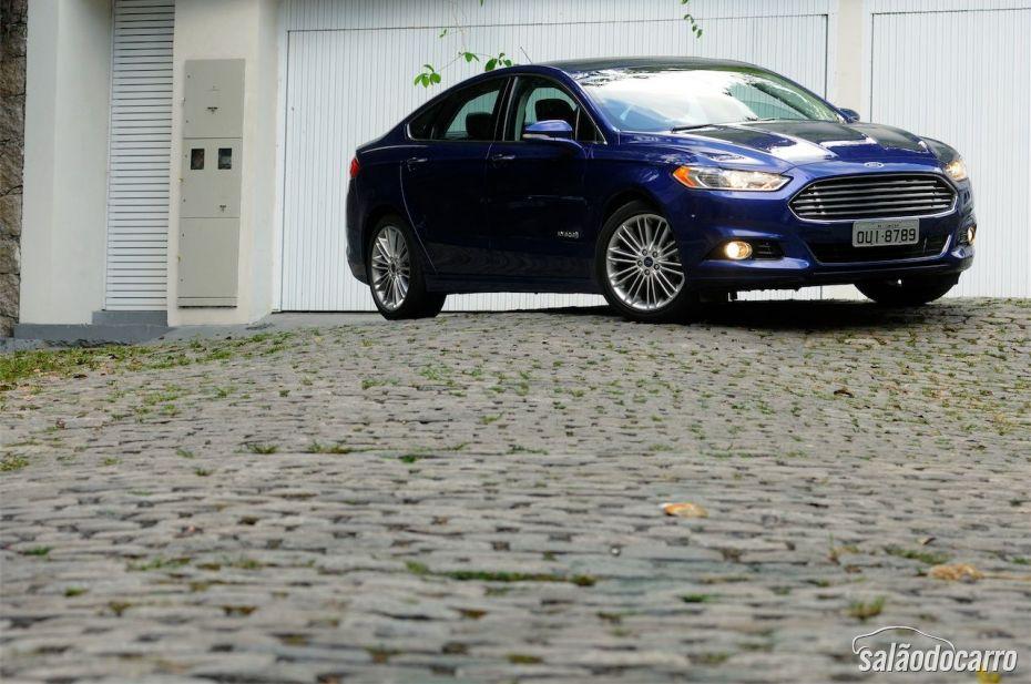 Ford Fusion Titanium Hybrid - Foto 1