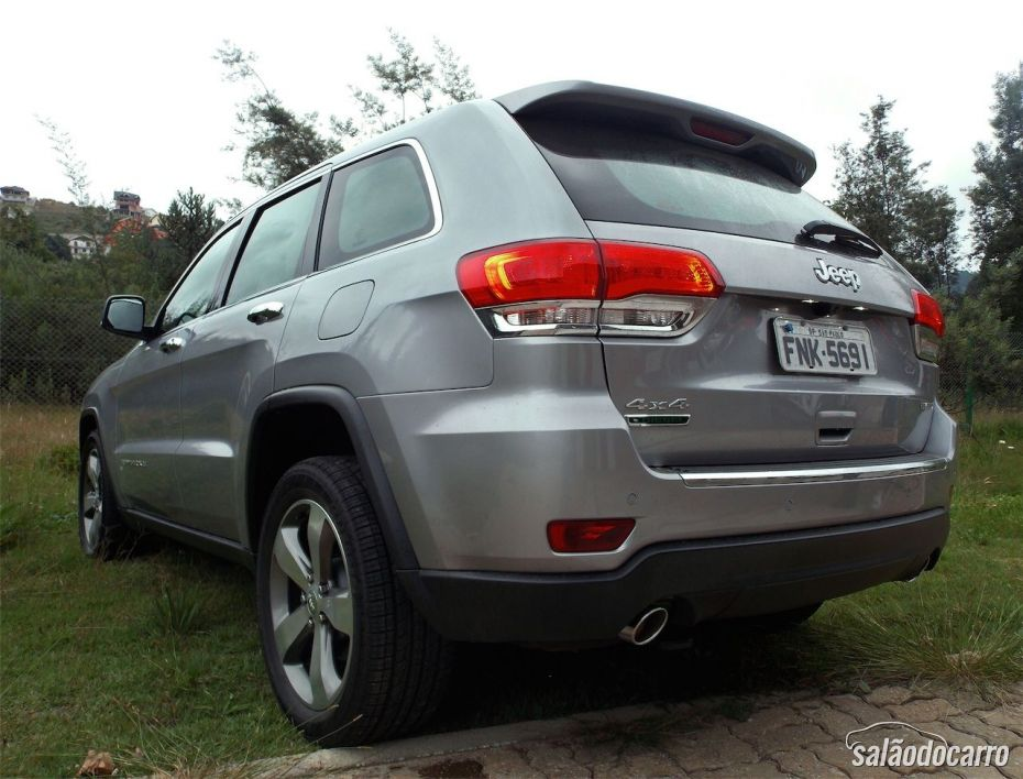 Traseira do Grand Cherokee