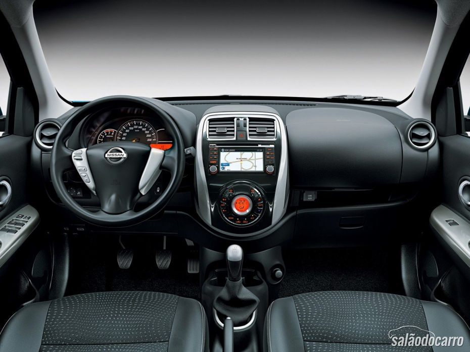 Interior Nissan New March