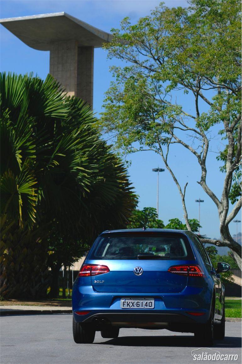 Traseira do VW Golf Highline