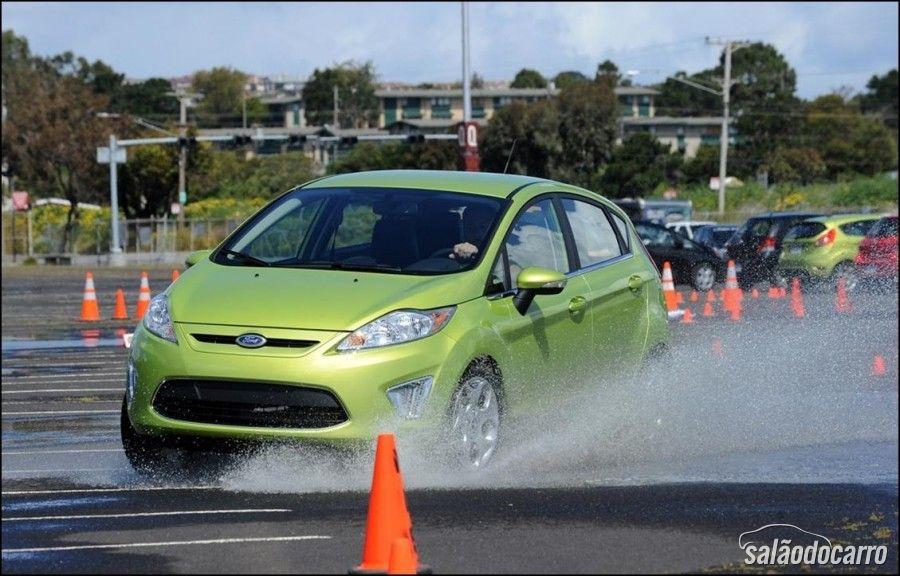 Ford New Fiesta e o Controle de Estabilidade
