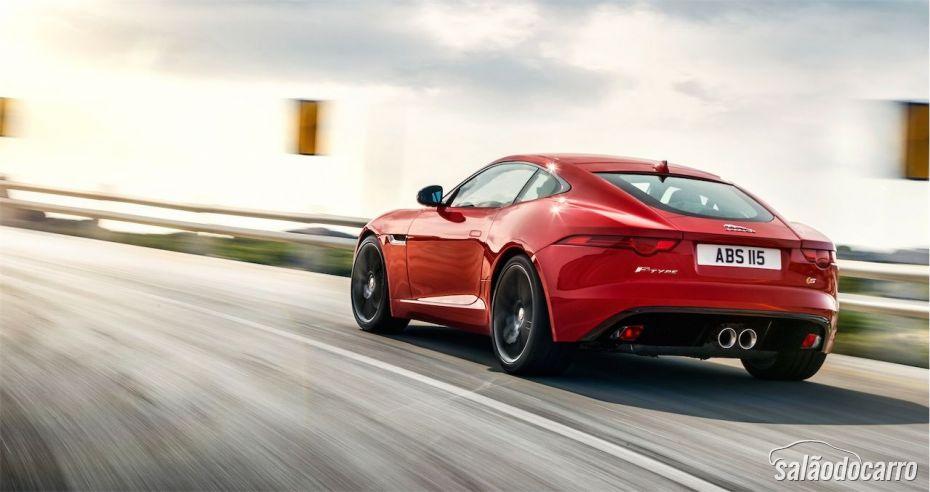Traseira do Jaguar F-Type S