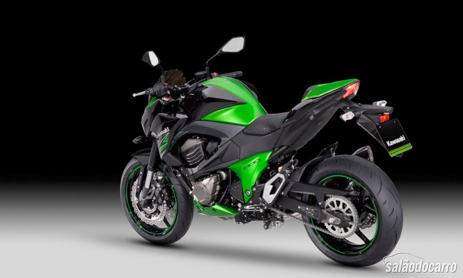 Kawasaki Z800 Performance Edition