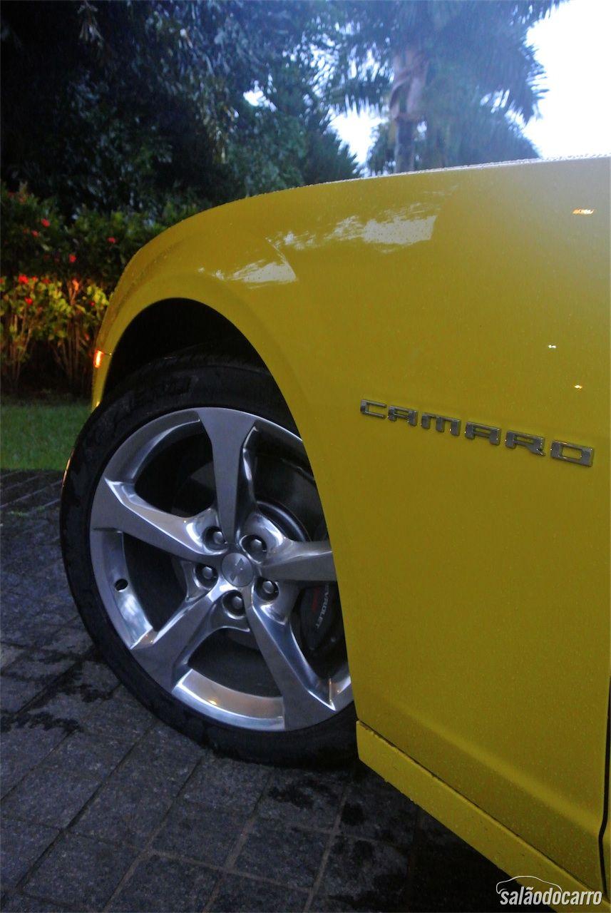 Detalhes das rodas do Camaro SS Sunrise