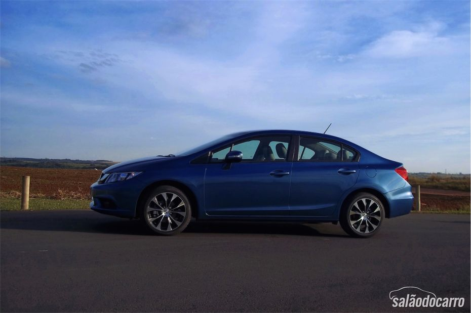 Honda Civic 2015 - Foto 2