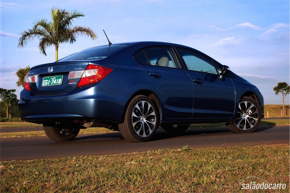 Honda Civic 2015 - Foto 3