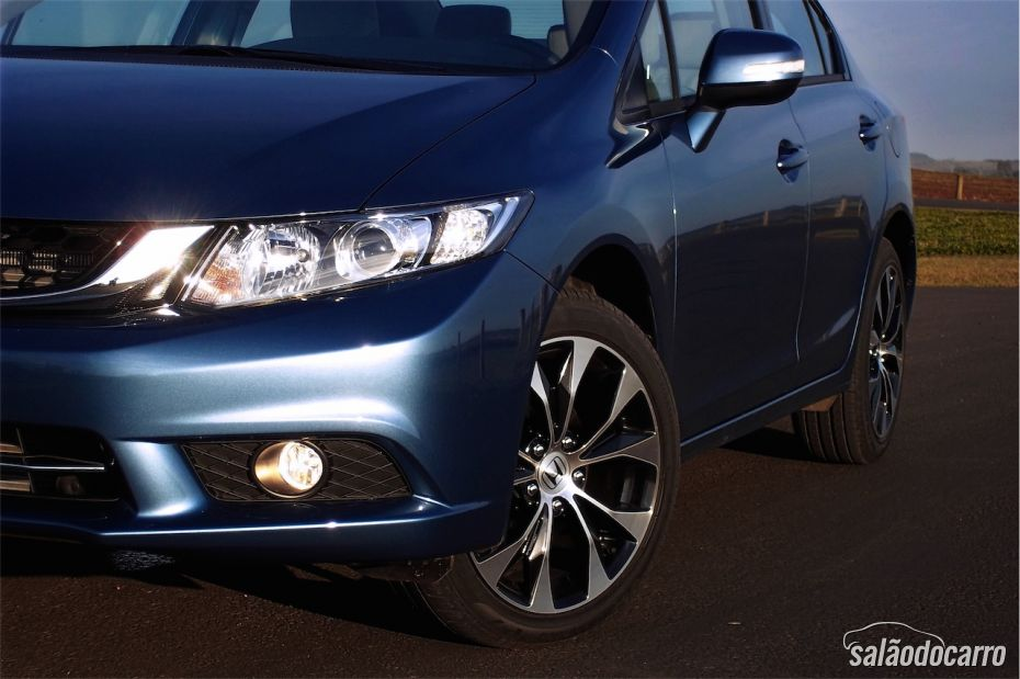 Honda Civic 2015 - Foto 4