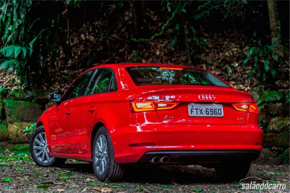 Audi A3 Sedan Attraction 1.4 TFSI - Foto 4