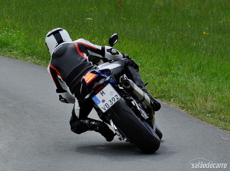 BMW anuncia ABS especial para motos