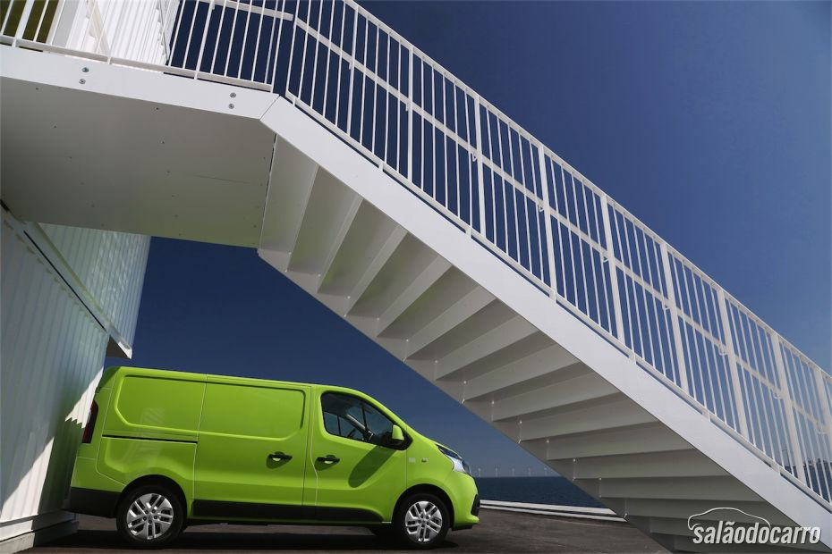 Renault Trafic - Foto 2
