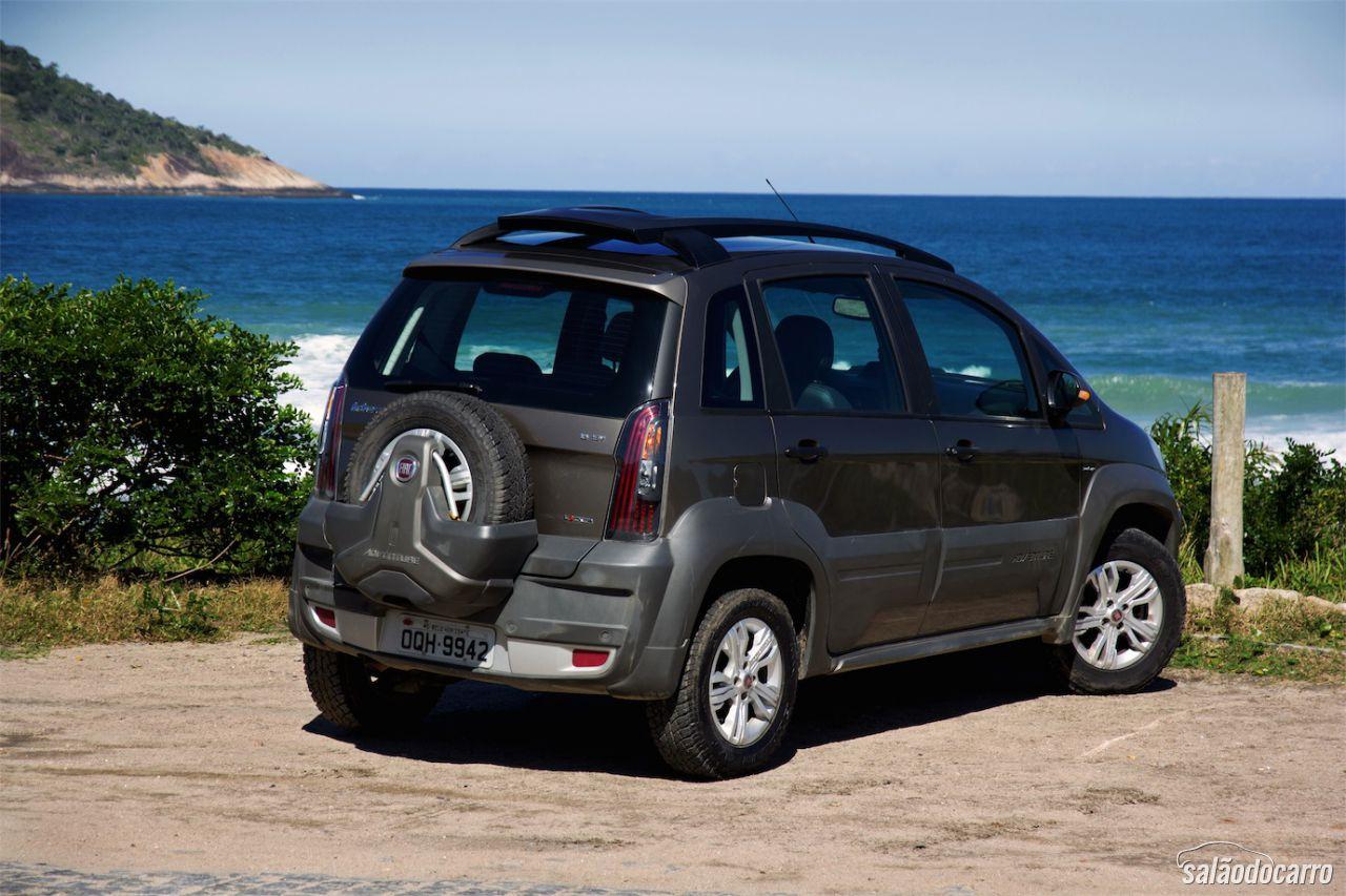 Fiat idea adventure dualogic plus testes sal o do carro for Fiat idea adventure locker 2015