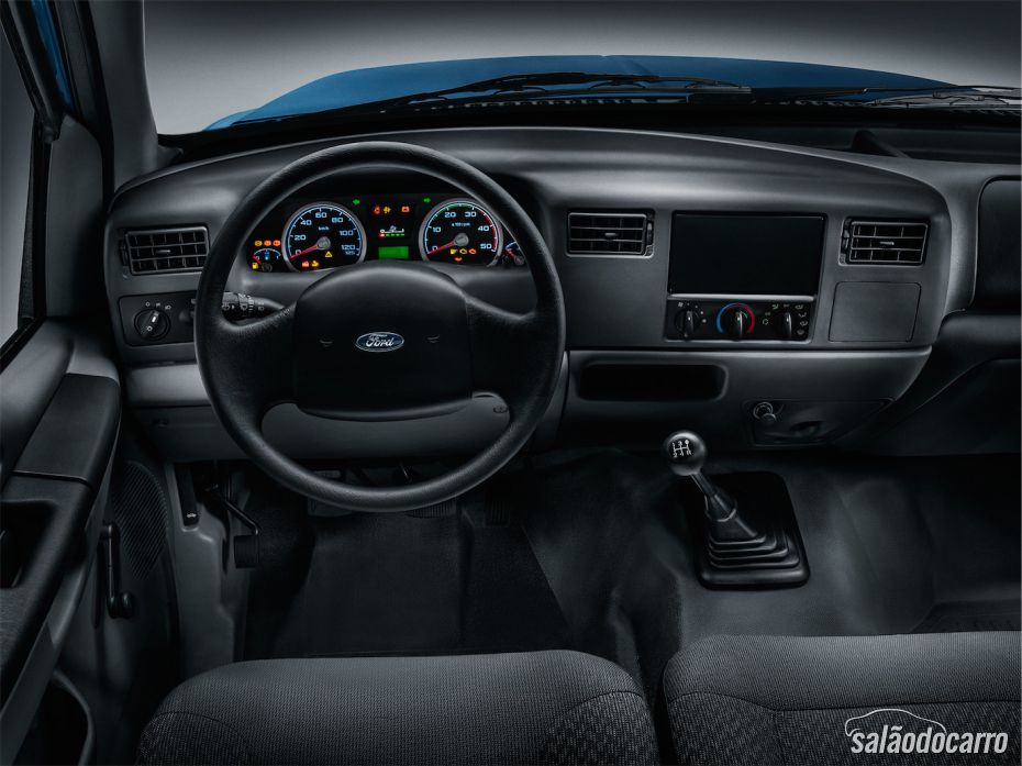 Interior da F4000