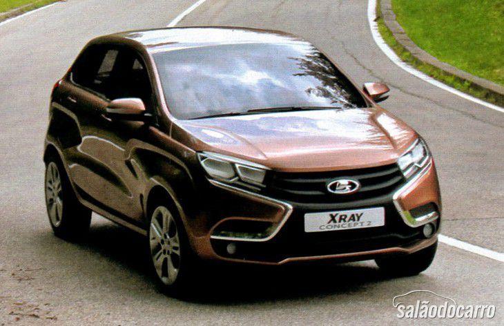 Imagens dos Lada Vesta Sedan e X-Ray chegam ao público