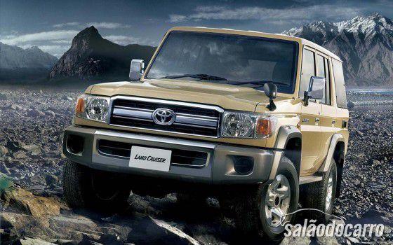 Toyota Land Cruiser volta a ser produzido no Japão