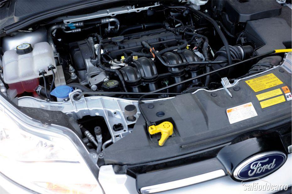 Sob o capô do Ford Focus 1.6