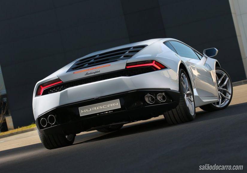Lamborghini Huracán chega ao Brasil por R$ 1.85 milhão