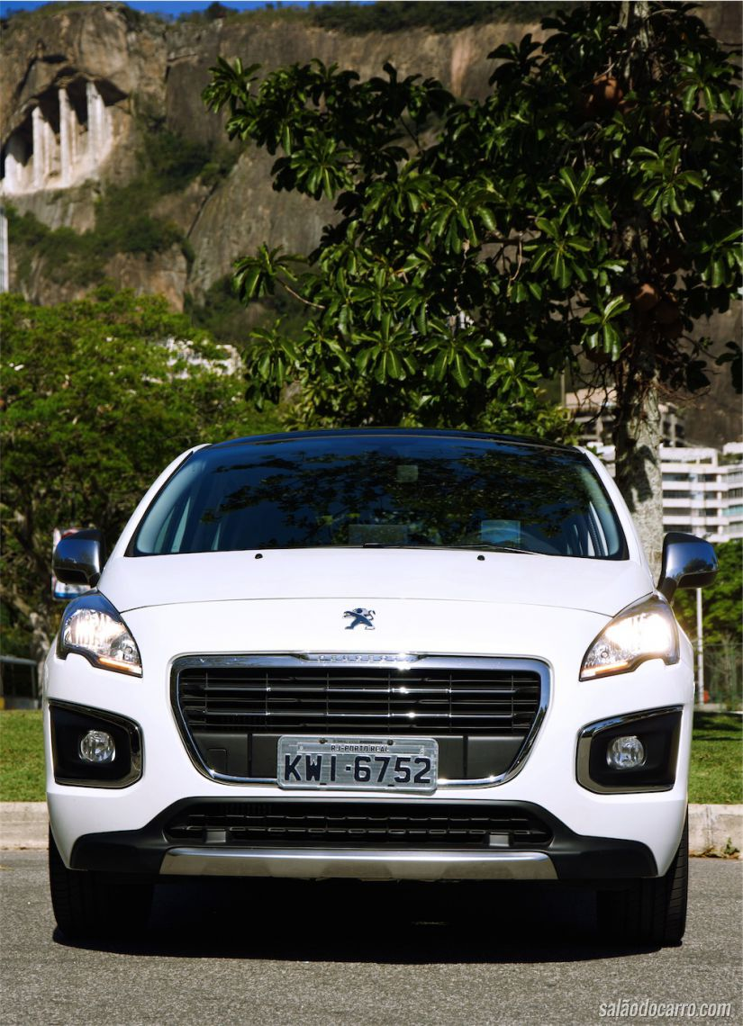 Peugeot 3008 depois do face-lift quase imperceptível