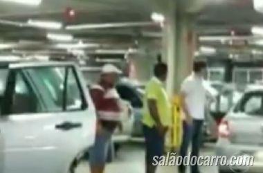 Briga em estacionamento de shopping quase termina em tragédia