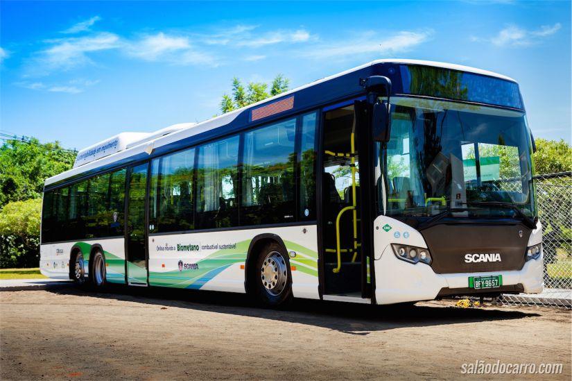Ônibus da Scania movido a biometano