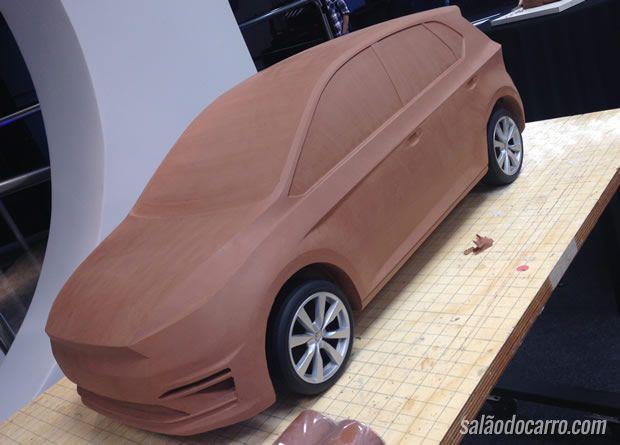 Novo VW Gol aparece em argila