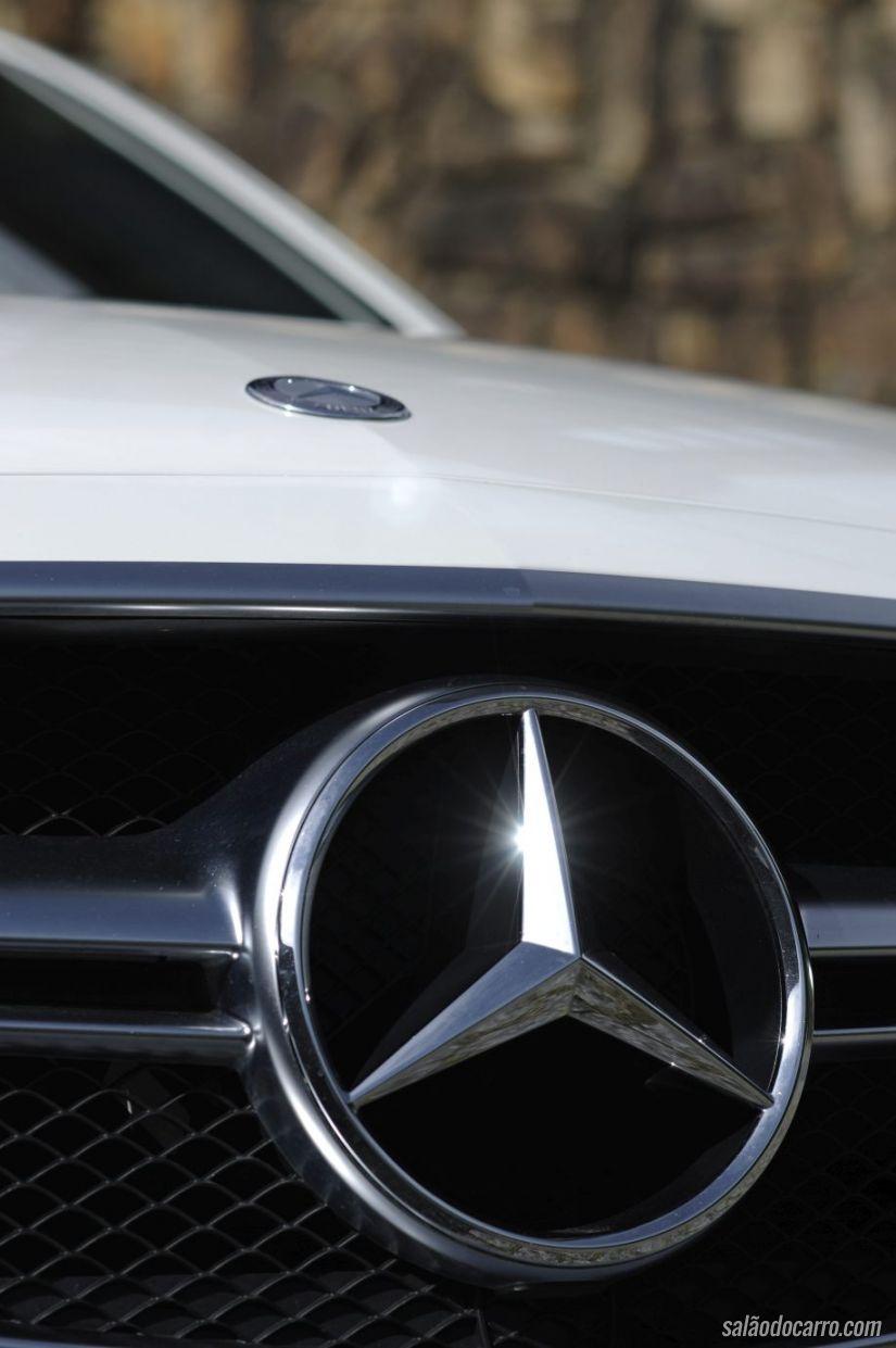 Detalhe da estrela da Mercedes