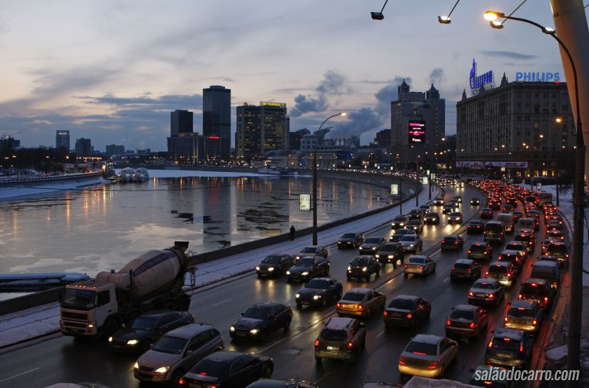 Transexuais não podem tirar CNH na Rússia