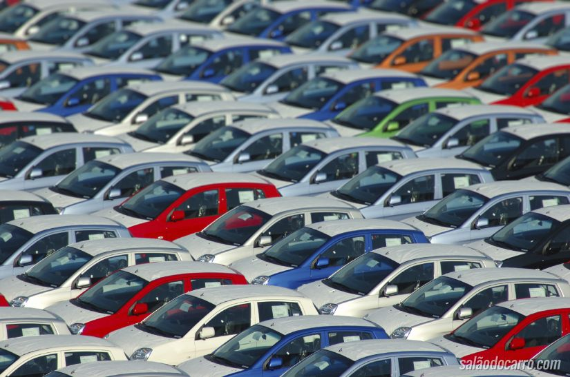 Consórcio de carros cresce 8,5% em 2014 e evita queda das vendas