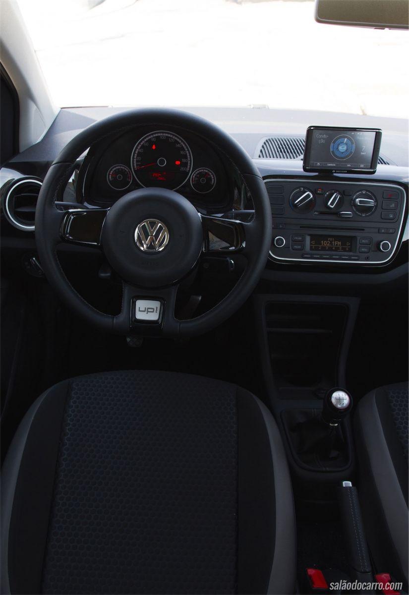 Interior do VW Cross up!