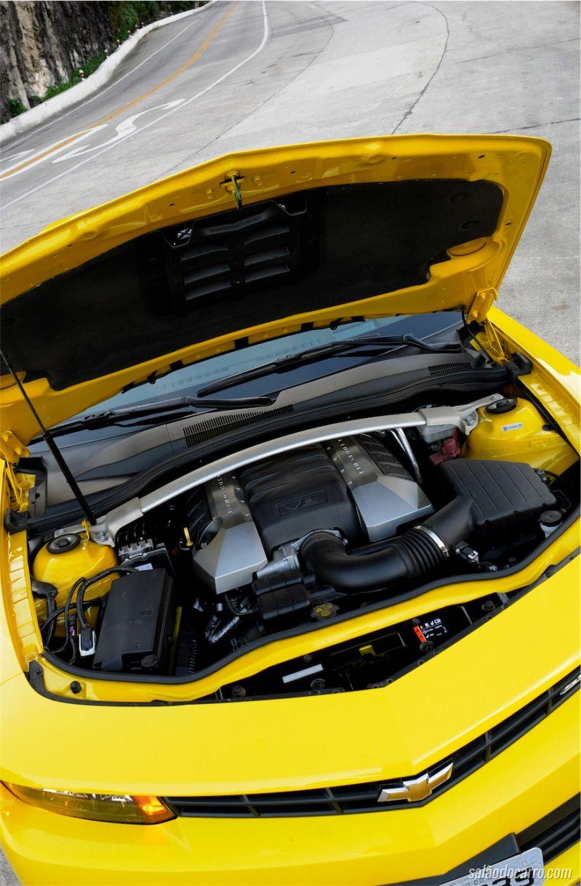 O conhecido motor de 406cv
