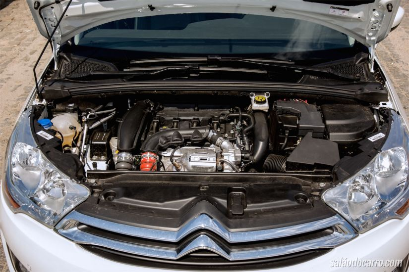 O conhecido motor 1.6 turbo francês, agora flex