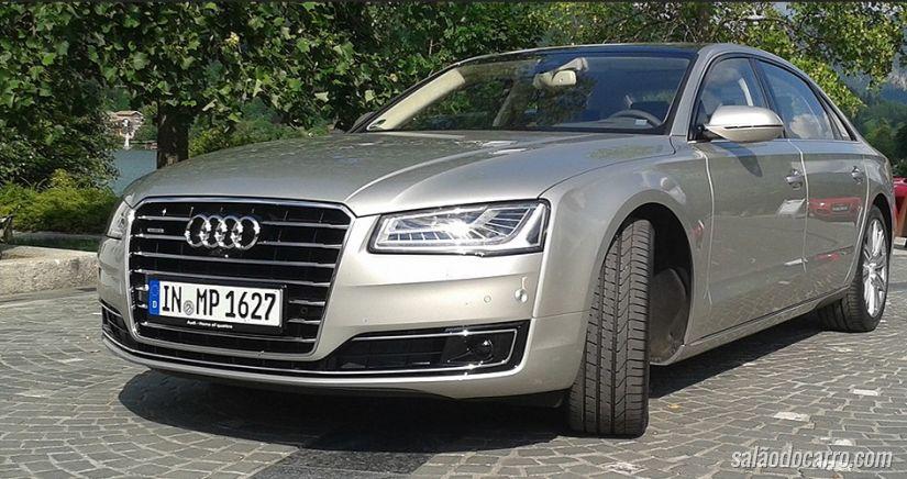 Audi A8 L faz massagem e custa R$ 457.300