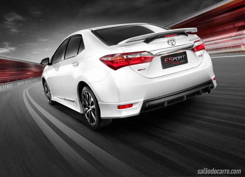 Toyota inova com Corolla Nürburgring Edition