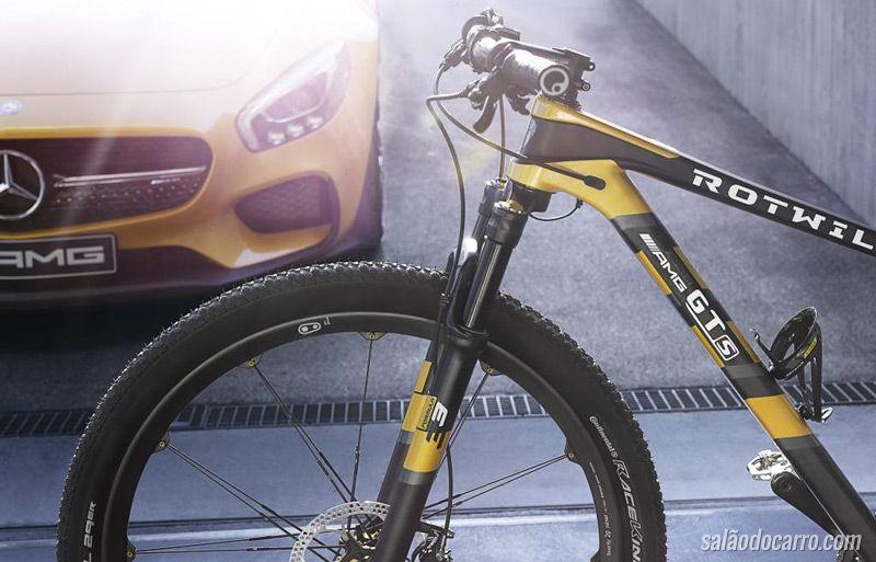 BMW apresenta edição especial da Cruise M-Bike