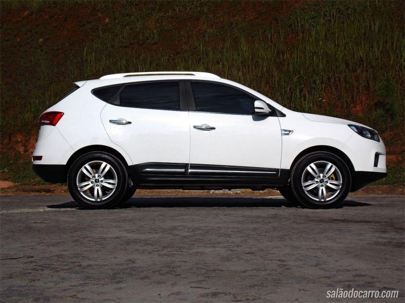 Desenho do JAC T6 lembra as linhas fluidas da coreana Hyundai