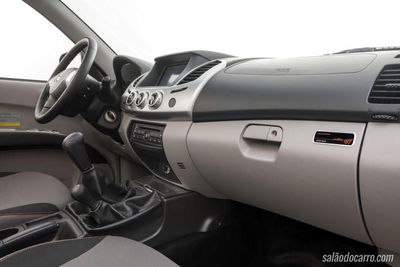 Mitsubishi lança L200 Triton Savana Off