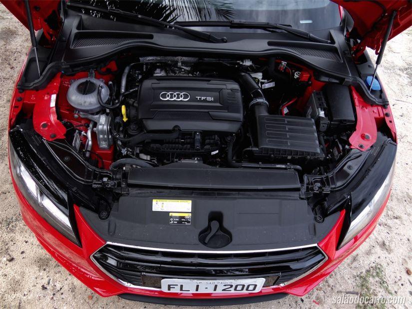 Motor 2.0 turbo com 231 cavalos