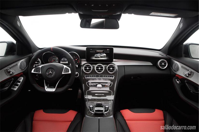 Interior do AMG C63S