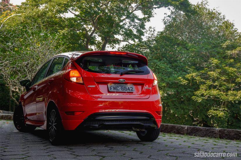 Traseira do Ford Fiesta Sport