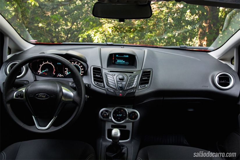 Interior do Fiesta Sport