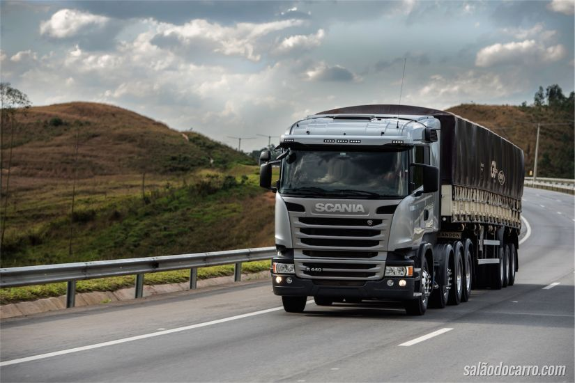 Scania 8X2 R440