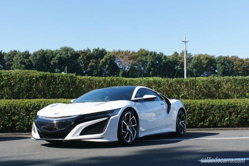 Honda apresenta NSX