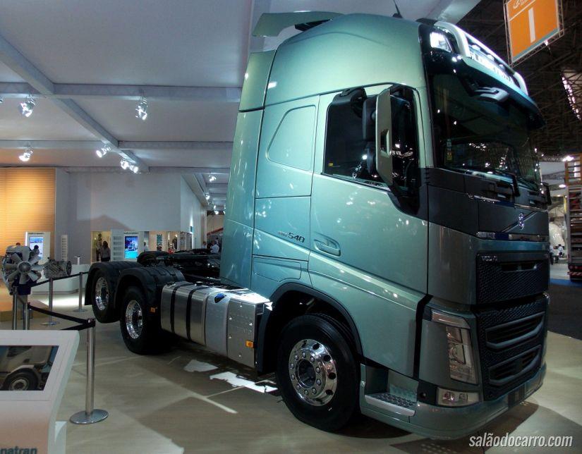 Volvo FH 6x4
