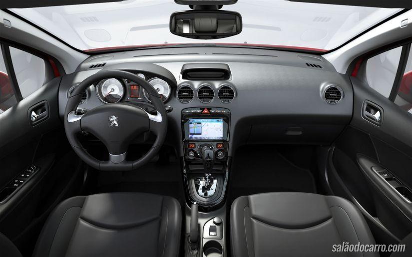 Novo Peugeot 308 ganha motor com 130 cv